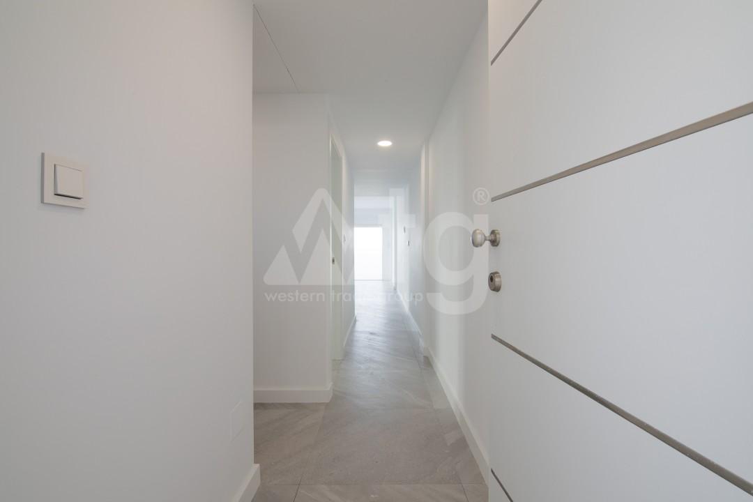 3 bedroom Apartment in Torrevieja  - ERF115826 - 14