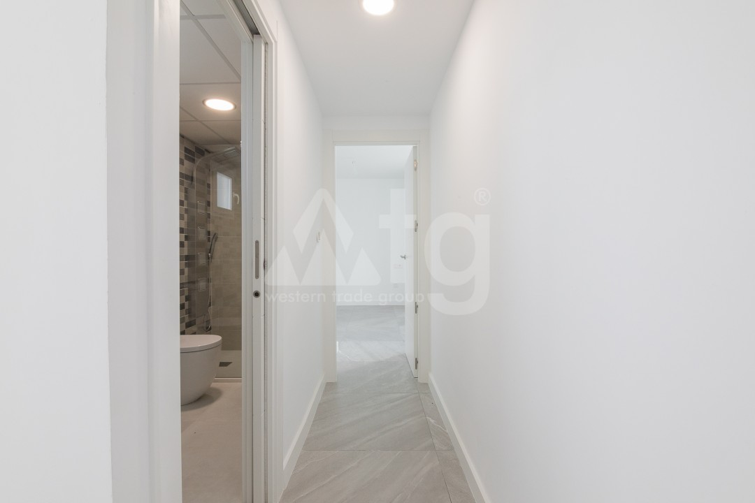 3 bedroom Apartment in Torrevieja  - ERF115826 - 15
