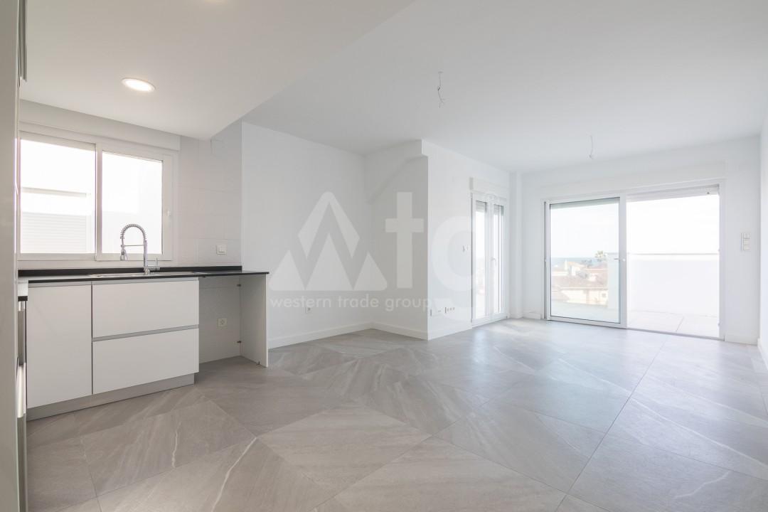 3 bedroom Apartment in Torrevieja  - ERF115826 - 22