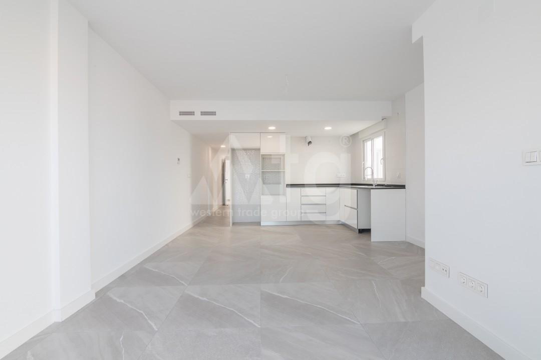 3 bedroom Apartment in Torrevieja  - ERF115826 - 23