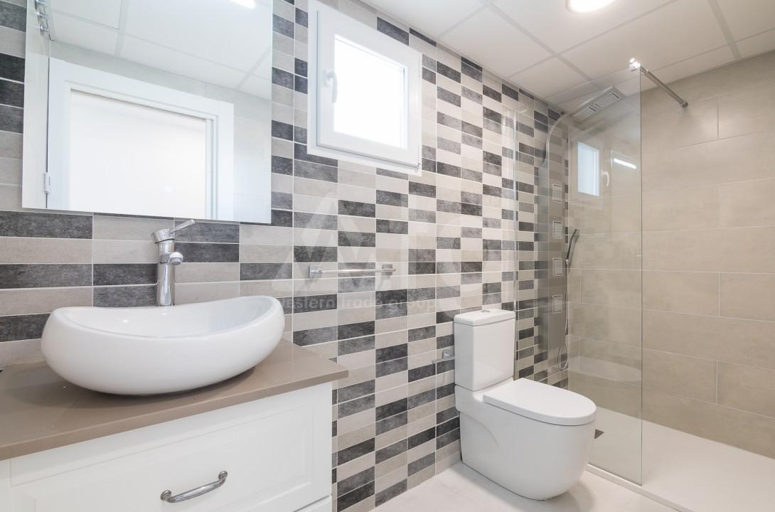 3 bedroom Apartment in Torrevieja  - ERF115826 - 27