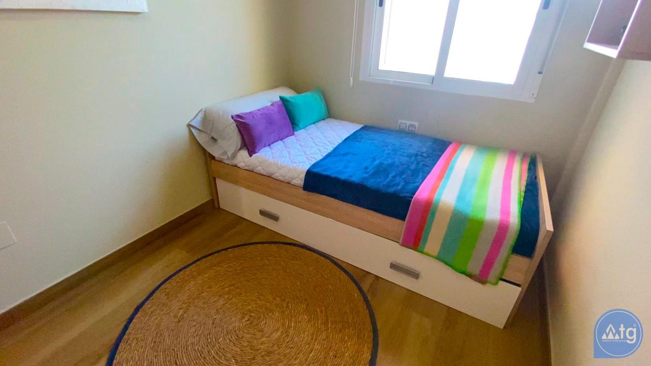 3 bedroom Apartment in Torrevieja  - ERF115826 - 31