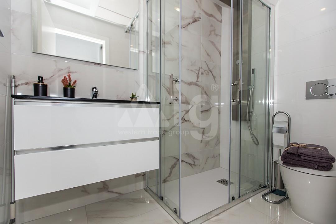 3 bedroom Apartment in Torrevieja  - ERF115840 - 10