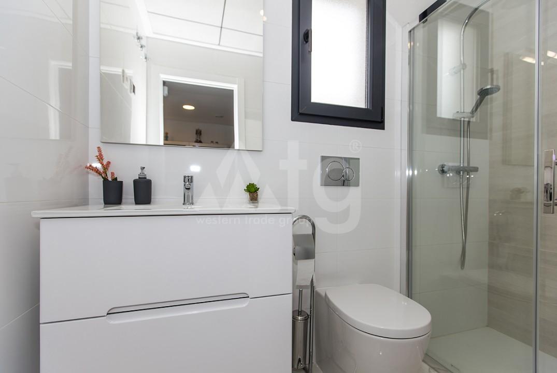 3 bedroom Apartment in Torrevieja  - ERF115840 - 11