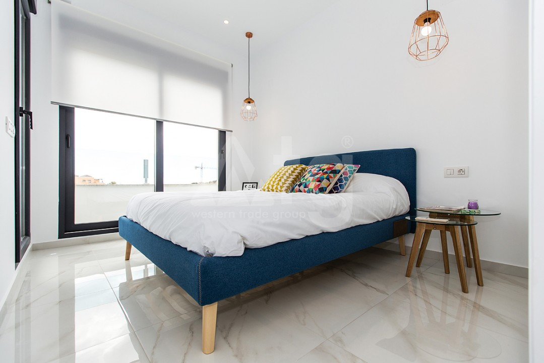 3 bedroom Apartment in Torrevieja  - ERF115840 - 4