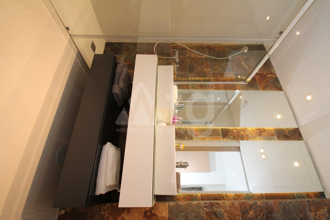 3 bedroom Apartment in Torrevieja  - SE116234 - 16