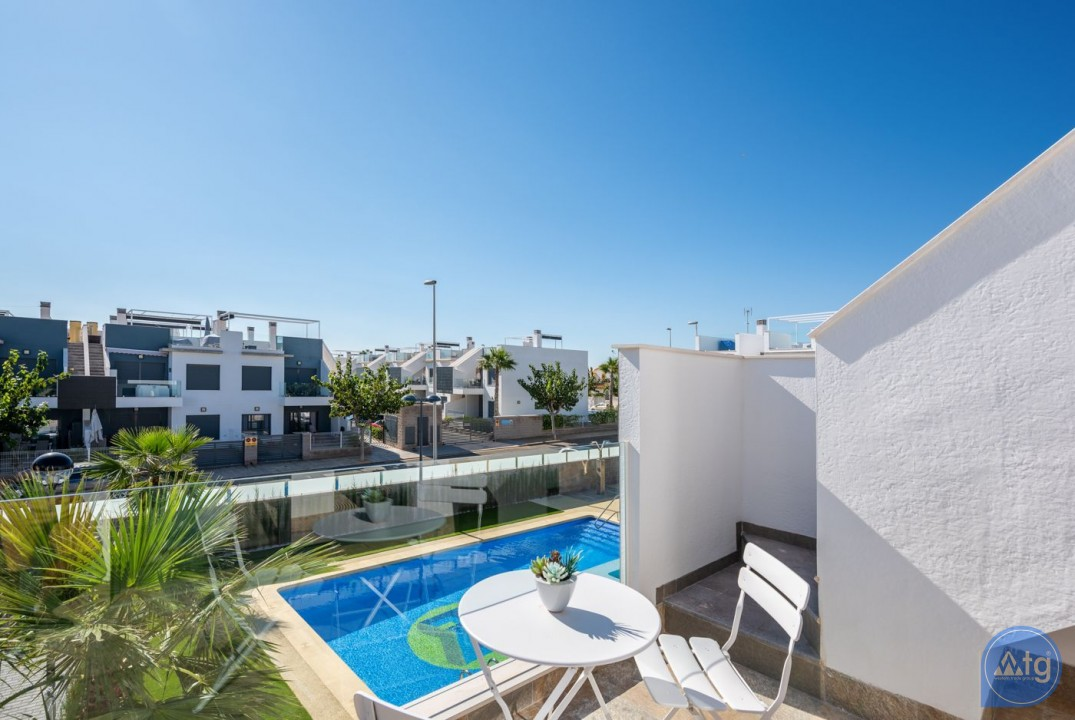 2 bedroom Apartment in Torrevieja  - AG5869 - 10