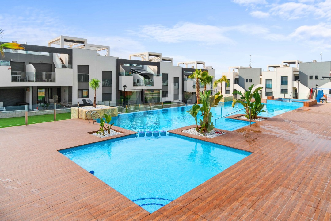 1 bedroom Apartment in Torrevieja  - AGI115596 - 1