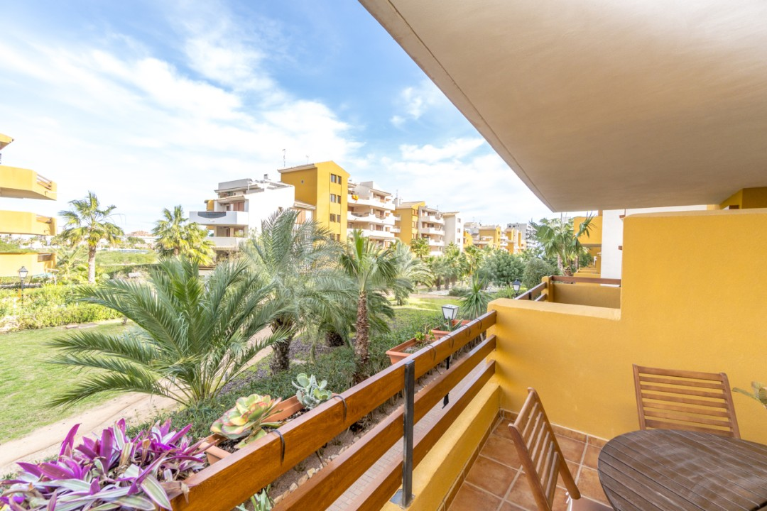 2 bedroom Apartment in Villamartin  - GM6961 - 1