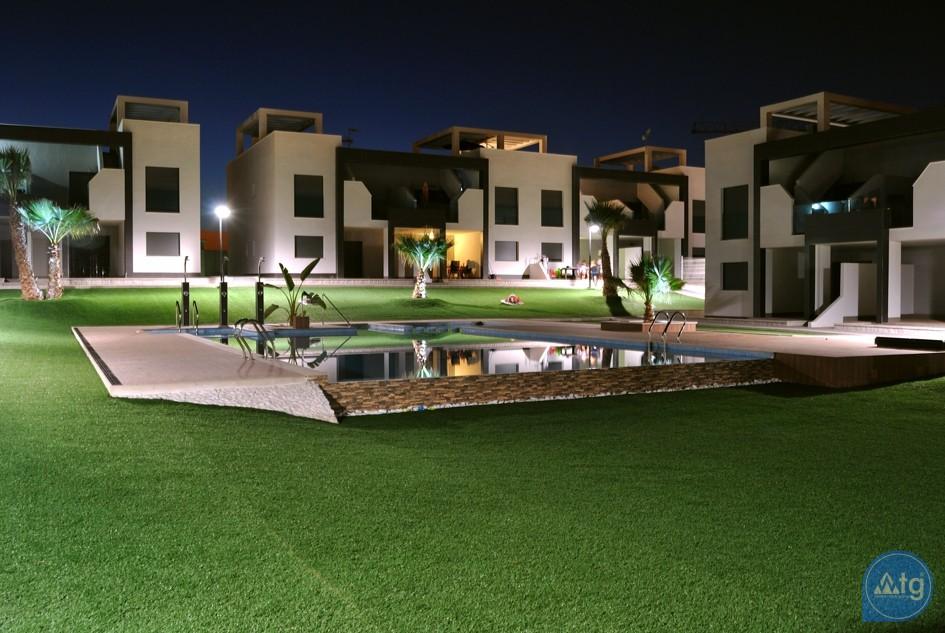2 bedroom Apartment in Torrevieja  - AG5874 - 16