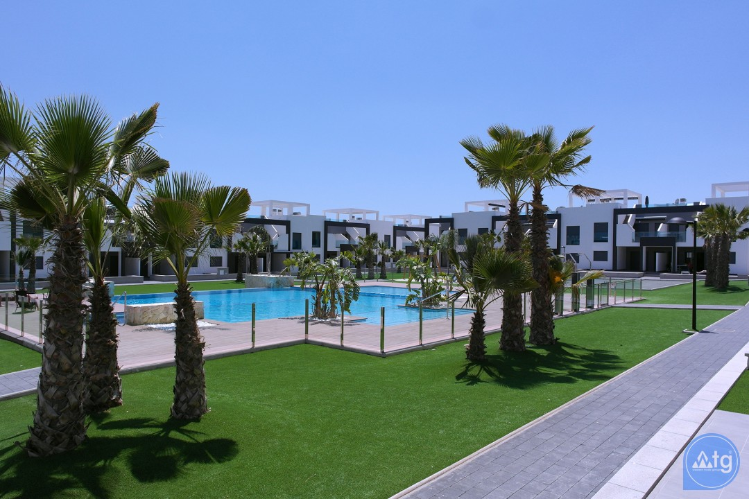 2 bedroom Apartment in Torrevieja  - AG5874 - 17