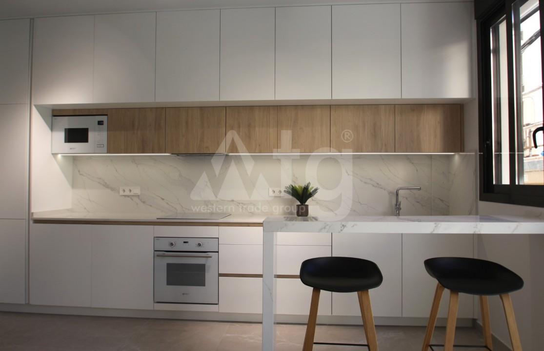 3 bedroom Apartment in Torrevieja  - AGI5948 - 8
