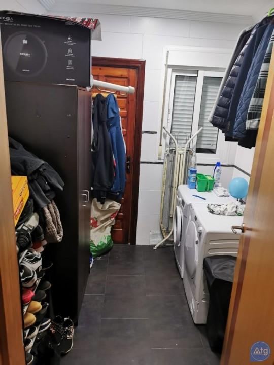 2 bedroom Apartment in Torrevieja  - AGI8538 - 15