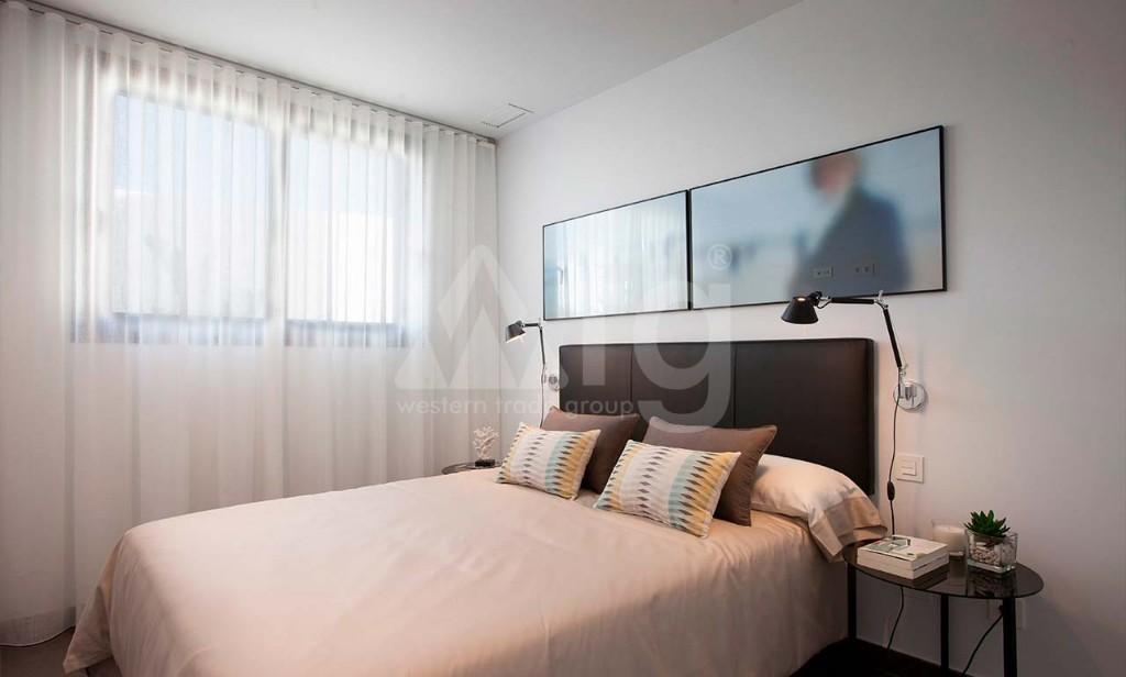 3 bedroom Bungalow in Guardamar del Segura - CN7826 - 17