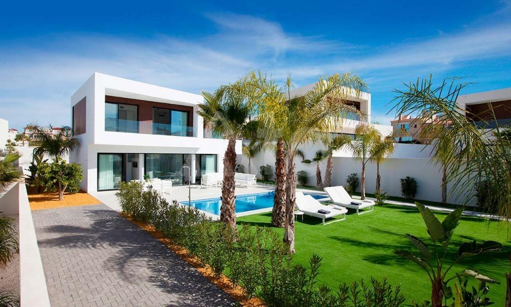 3 bedroom Bungalow in Guardamar del Segura - CN7826 - 2