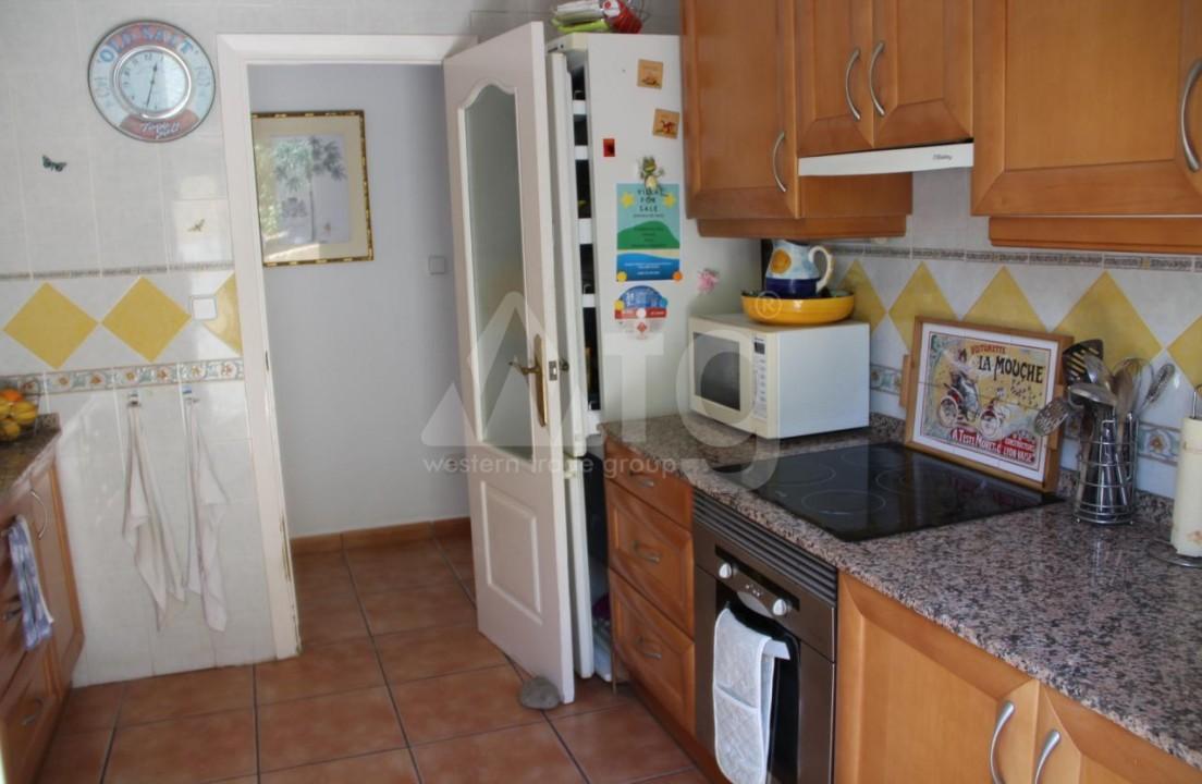 2 bedroom Bungalow in Torrevieja - IM114105 - 3