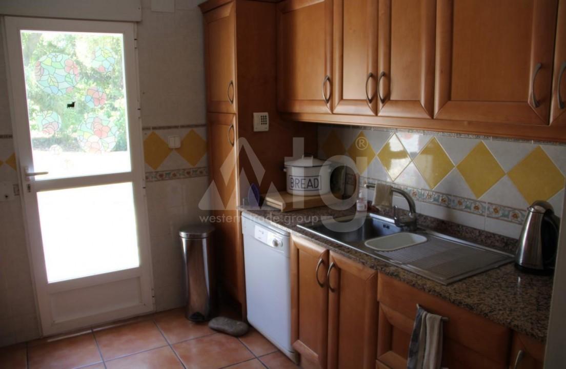 2 bedroom Bungalow in Torrevieja - IM114105 - 4