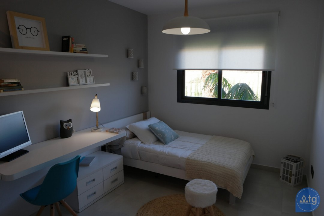 3 bedroom Bungalow in Guardamar del Segura  - CN6499 - 13