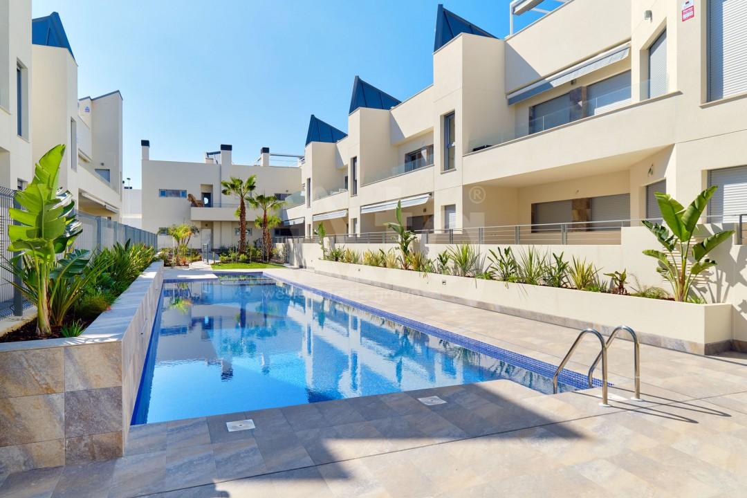 3 bedroom Duplex in Torrevieja  - IR114382 - 3