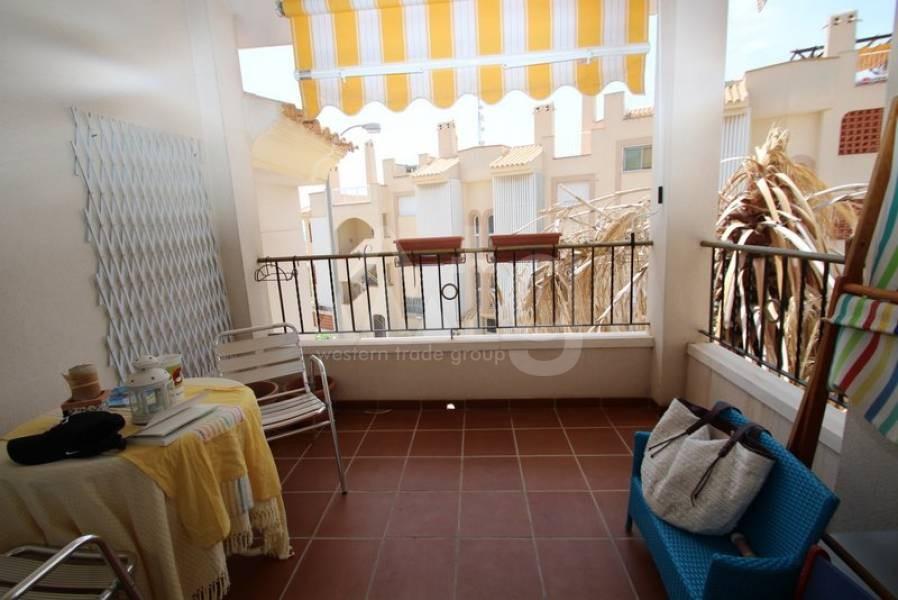 4 bedroom Villa in Dehesa de Campoamor - AGI8581 - 15