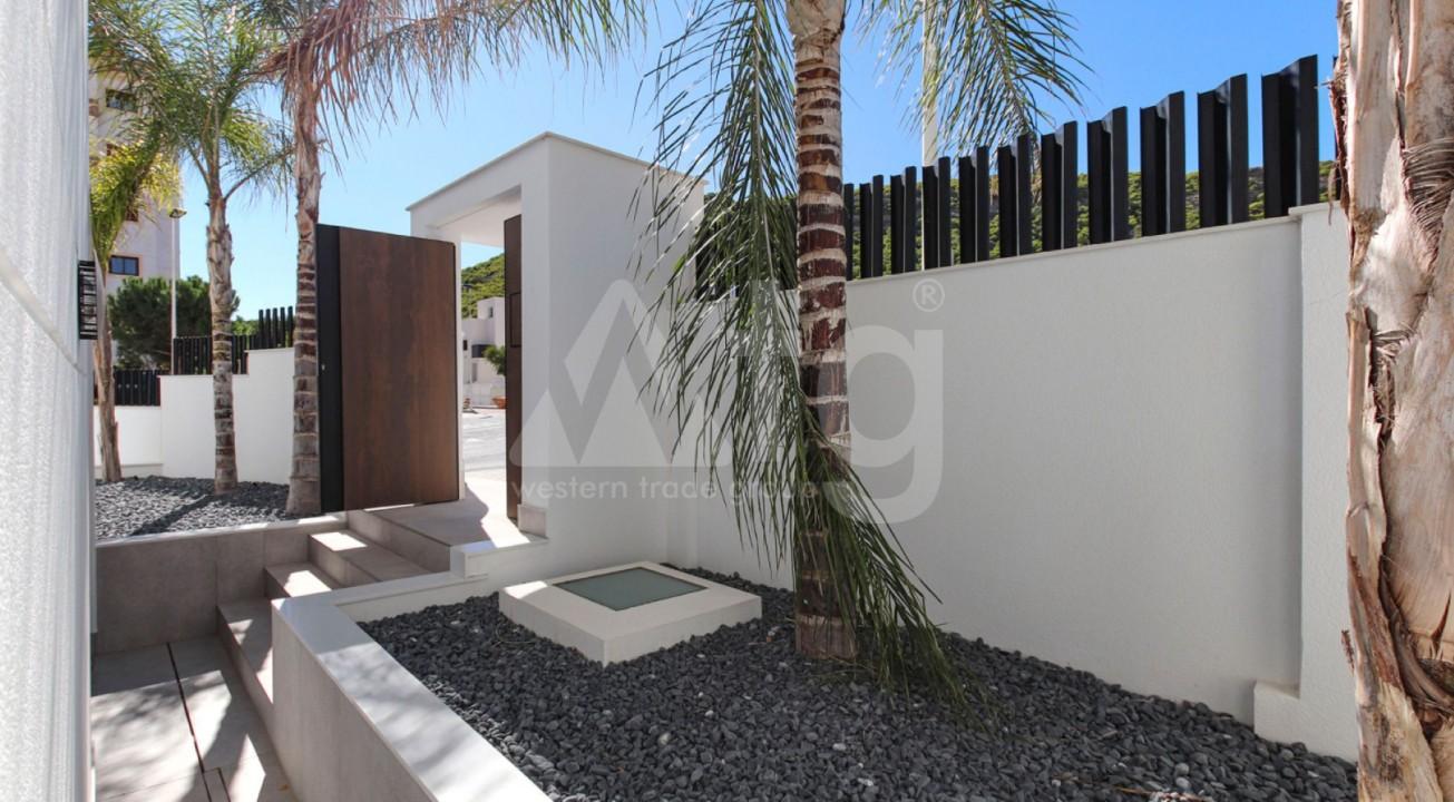 2 bedroom Penthouse in Torrevieja  - EF5847 - 3