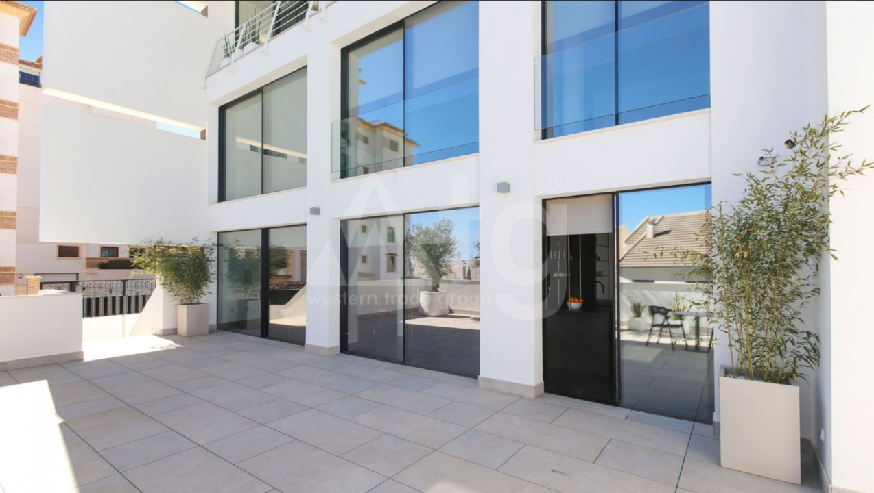 2 bedroom Penthouse in Torrevieja  - EF5847 - 4