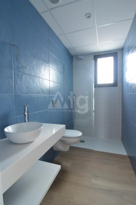 3 bedroom Penthouse in Torrevieja - AGI5938 - 12