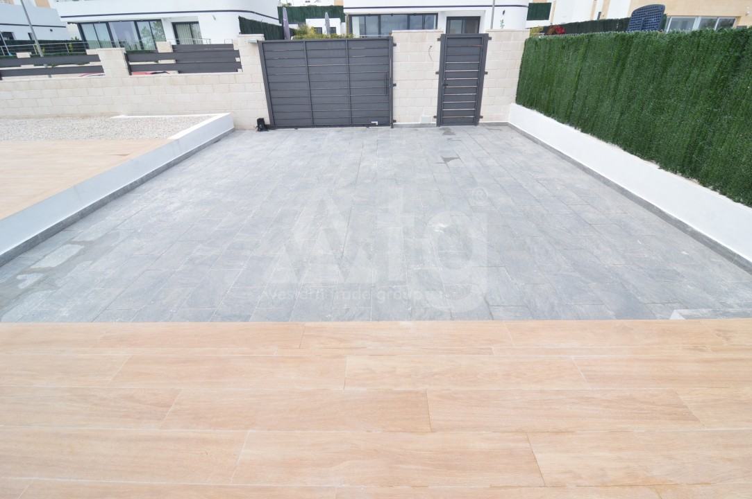 3 bedroom Penthouse in Torrevieja - AGI5938 - 14