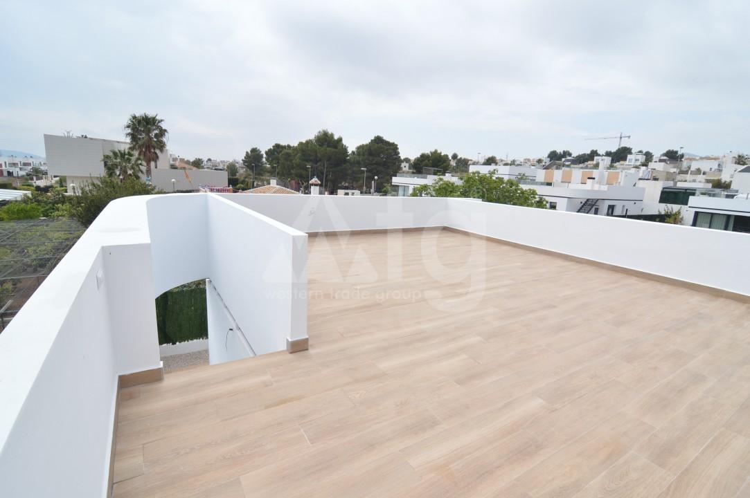 3 bedroom Penthouse in Torrevieja - AGI5938 - 16