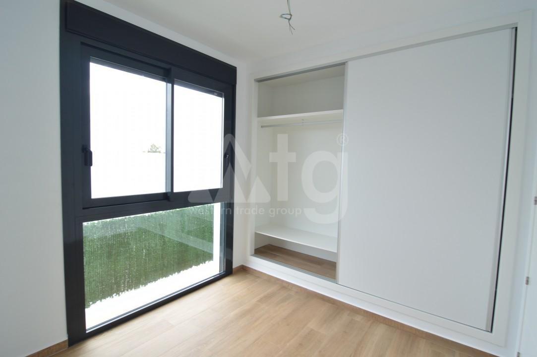 3 bedroom Penthouse in Torrevieja - AGI5938 - 8