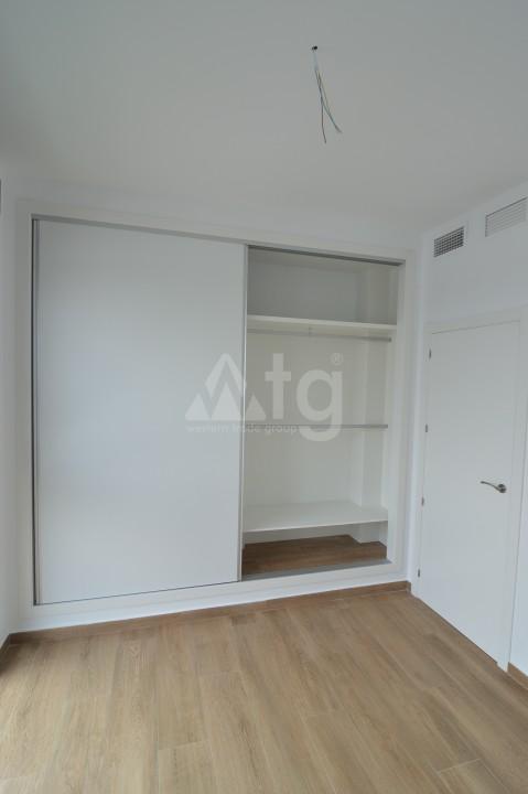 3 bedroom Penthouse in Torrevieja - AGI5938 - 9