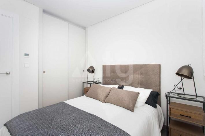 2 bedroom Penthouse in Torrevieja  - AGI8532 - 13
