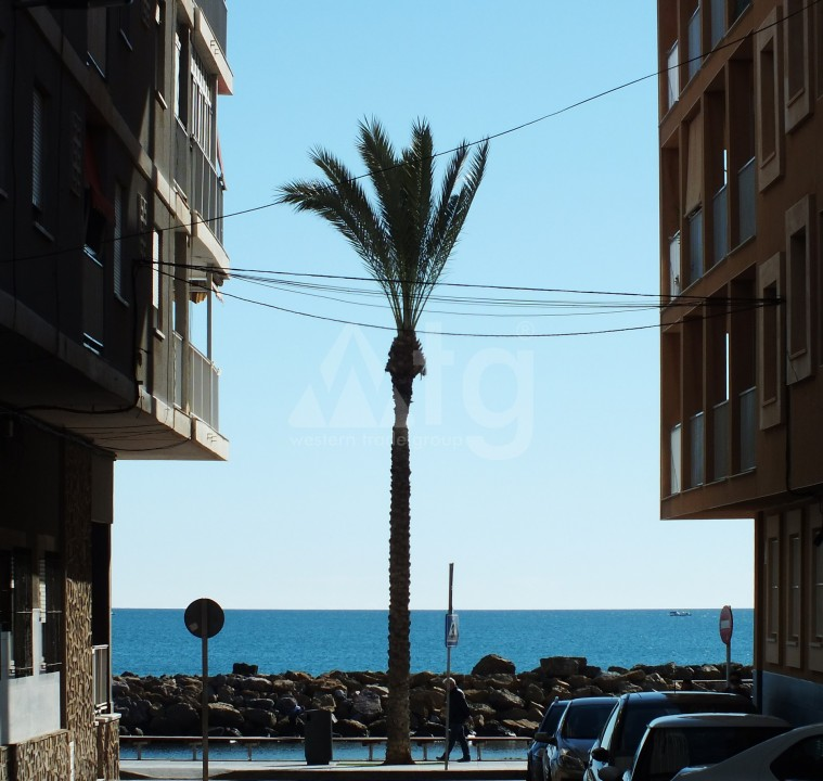 3 bedroom Penthouse in Torrevieja - AGI6065 - 21