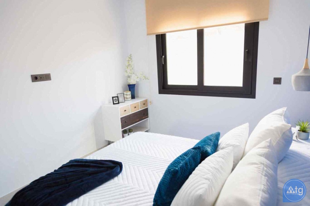 3 bedroom Townhouse in Villamartin - SUN2908 - 12