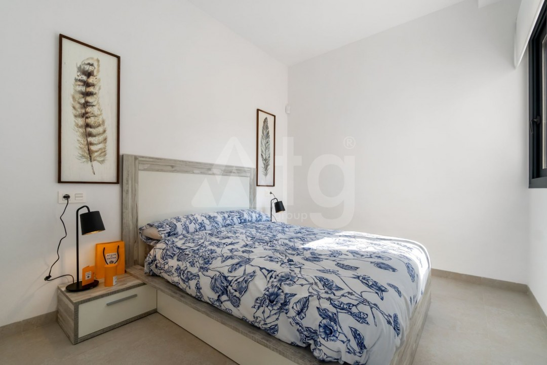 2 bedroom Townhouse in Torrevieja - US6951 - 16