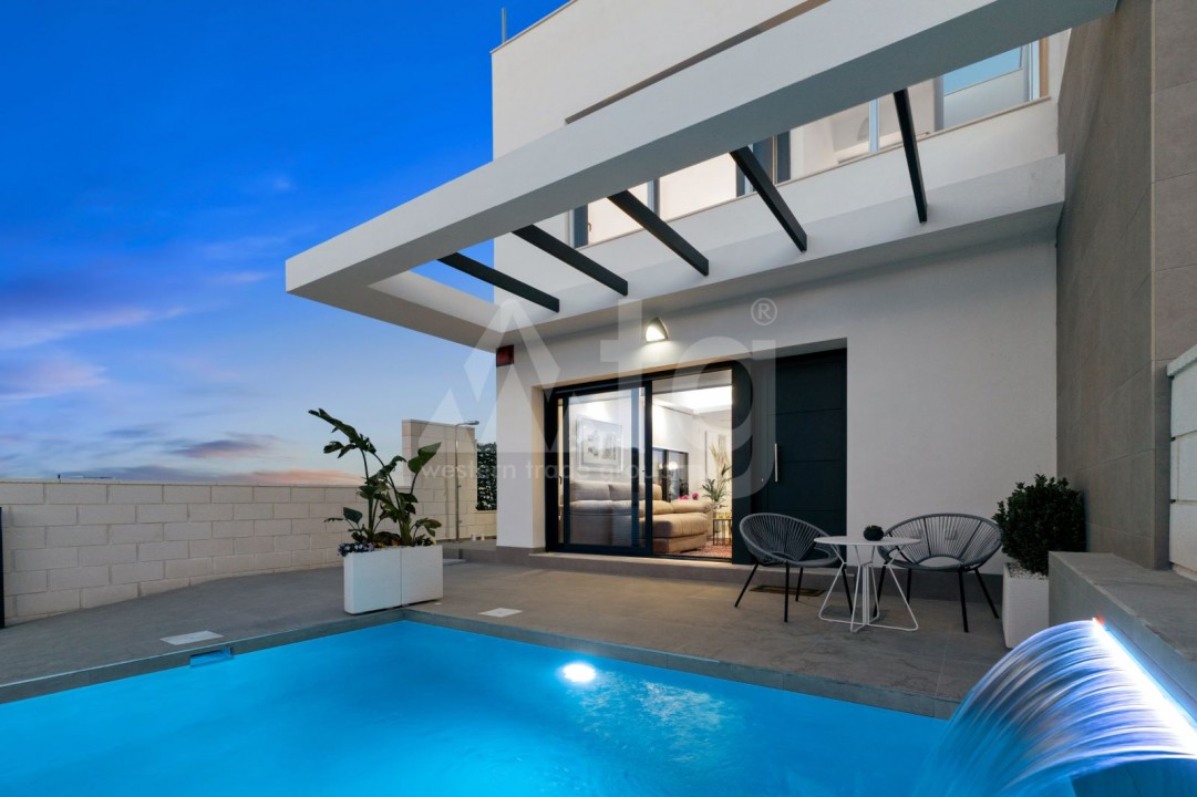 2 bedroom Townhouse in Torrevieja - US6951 - 3