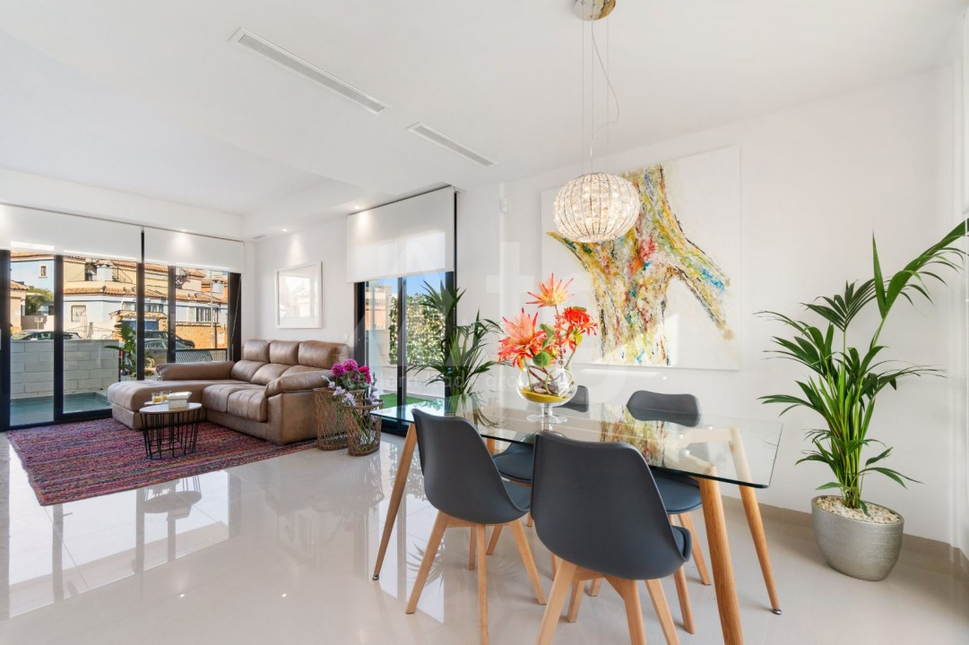 2 bedroom Townhouse in Torrevieja - US6951 - 5