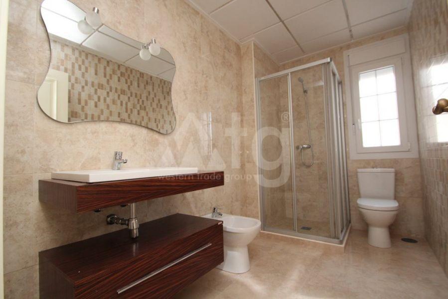 3 bedroom Townhouse in Villajoyosa - QUA8628 - 13