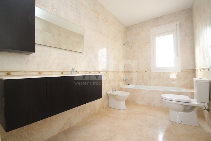 3 bedroom Townhouse in Villajoyosa - QUA8628 - 14