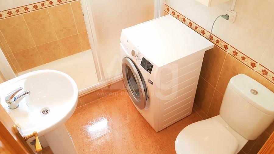 3 bedroom Villa in Torrevieja  - GVS114546 - 24