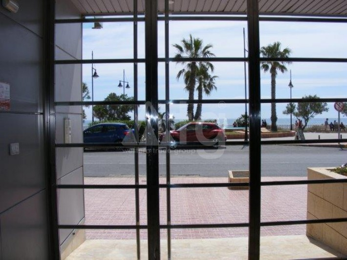 2 bedroom Penthouse in Torrevieja - AGI8541 - 16