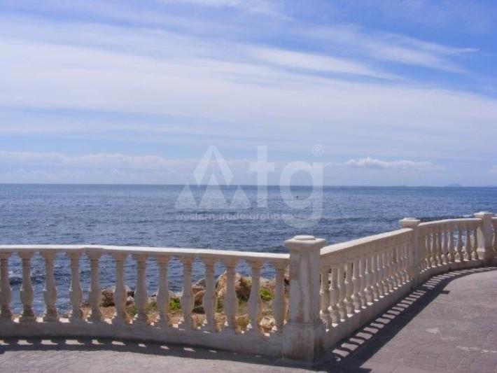 2 bedroom Penthouse in Torrevieja - AGI8541 - 18