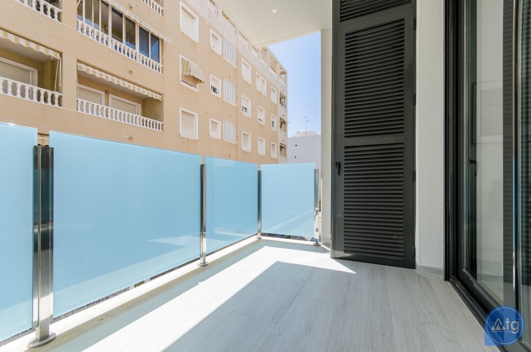 2 bedroom Penthouse in Torrevieja - AGI8541 - 24