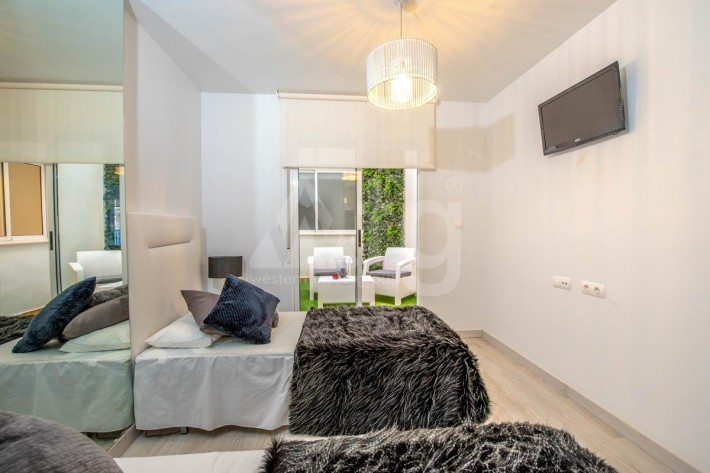 3 bedroom Villa in La Nucia  - LS114520 - 16
