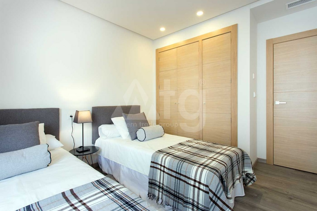 4 bedroom Apartment in Elche - US6880 - 6