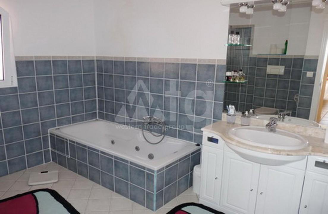2 bedroom Apartment in La Mata  - OLE114149 - 16