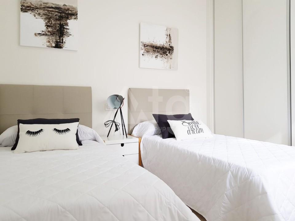 2 bedroom Apartment in Mil Palmeras - SR7921 - 9