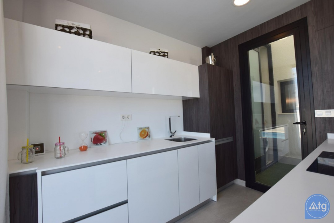 2 bedroom Apartment in Torrevieja - AG5875 - 12