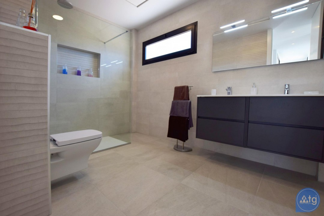 2 bedroom Apartment in Torrevieja - AG5875 - 14