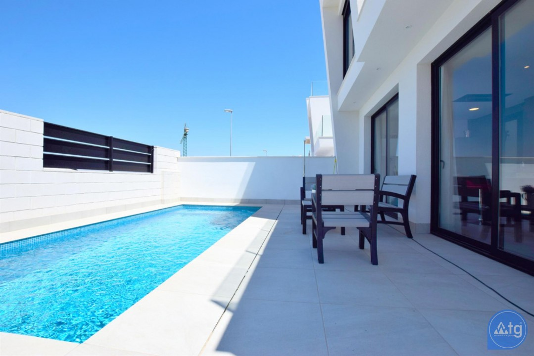 2 bedroom Apartment in Torrevieja - AG5875 - 3